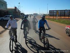 EE16-148 (mandapropndf) Tags: braslia df omega asfalto pirenpolis pedal pir noturno apoio extremos mymi cicloviagem extrapolando