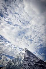 JR au Louvre (Calinore) Tags: city morning cloud streetart paris france reflection museum architecture louvre reflet nuages pyramide pei ville matin