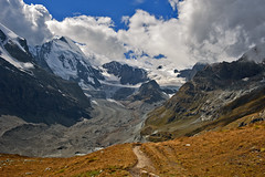 Dent d'Hrens and the Z'mutt Valley. (Zermatt) No. 2546. (Izakigur) Tags: switzerland flickr suiza glacier zermatt matterhorn wallis valais dieschweiz musictomyeyes myswitzerland d700 dentdhrens nikond700 nikkor2470f28 izakigur