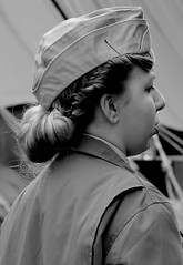 US Camp WWII pageant - Portrait (patrick_milan) Tags: world street people blackandwhite bw white black monochrome us war uniform noir noiretblanc wwii nb rue blanc personne streetview gens