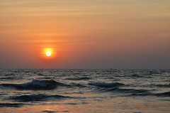 Sunset (kailas bhopi) Tags: sunset beach sun sea malvan aachra konkan