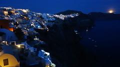 "The ""blue hour"" in Oia, Santorini (Cagsawa) Tags: sunset moon santorini greece caldera nightscene bluehour oia fira moonrising rx100"