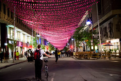 005-pink balls-photo susan moss (The Montreal Buzz) Tags: canada rose quebec montreal rue nuit boules saintecatherine fiert