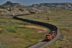 Revisited Classic - Sully Springs, ND (MinnKota Railfan) Tags: santa railroad burlington train butte hill curves north bad pad engine rail railway loco gas well hills springs nd oil locomotive badlands lands fe coal sully curve northern dakota bnsf buttes sd70ace