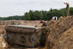 M113 in gracht