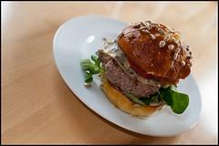 Brezensemmelburger (BM-Licht) Tags: food germany bayern deutschland bavaria nikon maria penzberg d700 backtalent