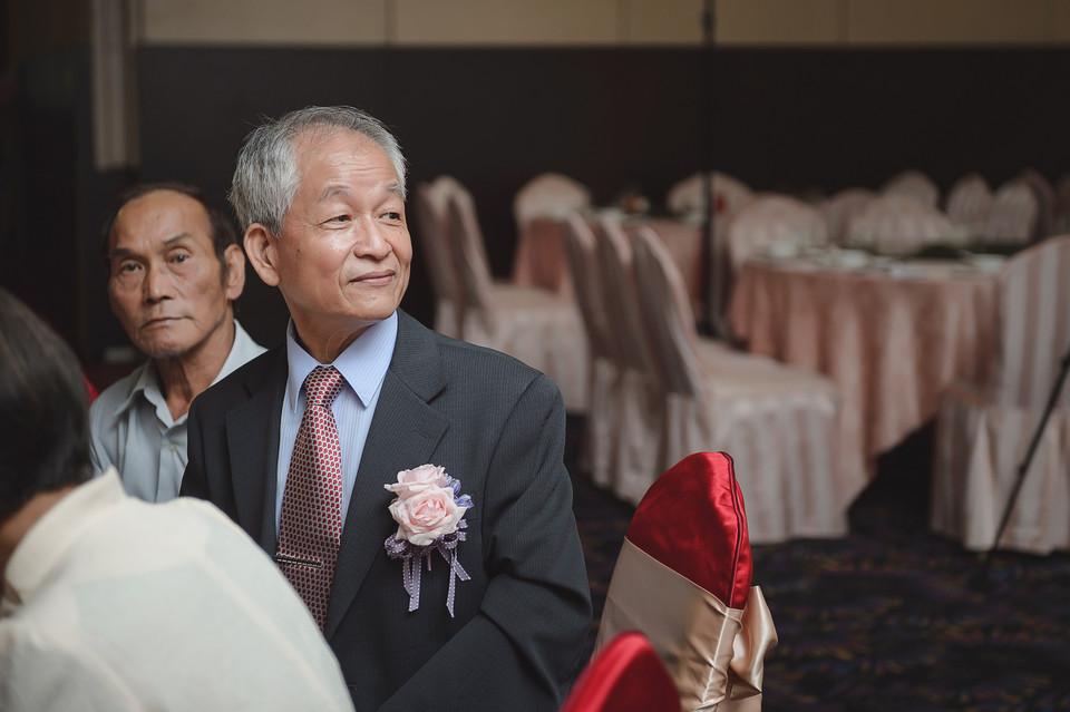 婚禮攝影-台南情定婚宴城堡永康館-56