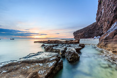 _MG_0076-Edit (Nguyn nh Thnh) Tags: longexposure sunset sea mountain water sunrise rocks asia seascapes cloudy vietnam filter asean quangngai lyson singhray thachkydieutau
