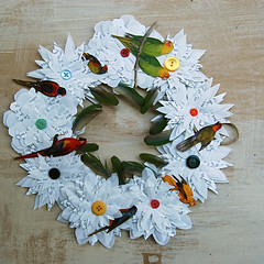 Parrot & Feather Wreath (Katie McCann) Tags: feathers wreath parrots papercraft paperflowers earthfriendly beetleblossom
