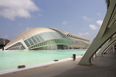 Valencia - City of Arts and Sciences 52 (Romeodesign) Tags: santiago cinema eye water valencia museum architecture modern clouds spain empty calatrava dome planetarium imax ciudaddelasartesylasciencias lhemisfric flixcandela cityofartsandsciences 550d elmuseudelescinciesprncipefelipe elpalaudelesreinasofa