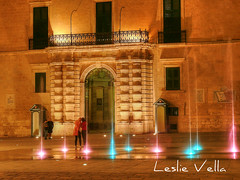 Palace entrance, Pjazza San Gorg, Valletta, Malta (leslievella64) Tags: leica water fountain europe mediterranean entrance eu malta palace doorway leslie portal maltese hdr malte valletta photomatix tonemapped presidentspalace maltais stgeorgessquare grandmasterspalace leicavlux1 vlux1 leslievella64 pixlr pjazzasangorg ilpalazz