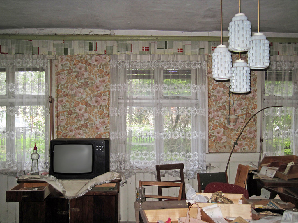 Tags Old House Building Abandoned Lamp Television Lampe