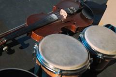 Anglų lietuvių žodynas. Žodis drum up reiškia būgnų iki lietuviškai.