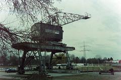 Rhein-Herne-Kanal crane (Carsten aus Bonn) Tags: minolta kitlens herne x700 adox colorimplosion