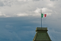 A waving flag in Trieste (TheSpaceWalker) Tags: city sky urban cloud history lens photography photo italian nikon wind zoom flag sigma pic 28 waving 70 70200 fvg trieste d300 tricolore friuliveneziagiulia thespacewalker
