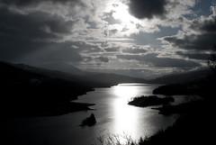 Queen´s view @ Lake Tummel (M Rey Alonso) Tags: lake silhouette landscape scotland escocia silueta siluetas reino unido reinounido tummel