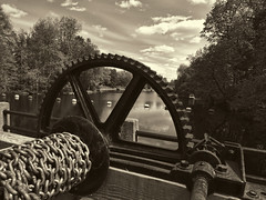 Manotick, Ontario (rocurti) Tags: mill monochrome watsons manotick 1492