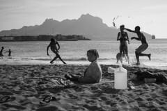 Bom Dia Cabo Verde #8 (Cedpics) Tags: ocean sun beach kids bay sand play sable enfants plage caboverde jeu baie capeverde mindelo capvert