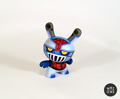 "3"" Mazinger Dunny (WuzOne) Tags: painting toy design robot diy handmade cartoon vinyl kidrobot custom dunny mazinger artoy wuzone"