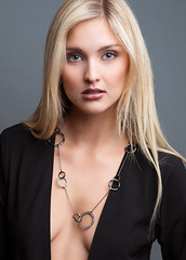 Jordan with necklace (BradOlson) Tags: woman beauty face necklace young blonde 3amodelsshots
