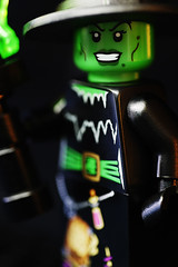 Witch (elbreco) Tags: 2 lego witch series minifig collectible minifigures series2minifigures