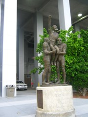 "Don Shula Statue • <a style=""font-size:0.8em;"" href=""http://www.flickr.com/photos/109120354@N07/11047208494/"" target=""_blank"">View on Flickr</a>"