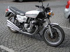 Benelli 750 Sei - Abbeville (gueguette80 ... non voyant pour une dure indte) Tags: old bike six sei 2009 cylinders aout motos motorrad abbeville 750 anciennes benelli cylindres italliennes