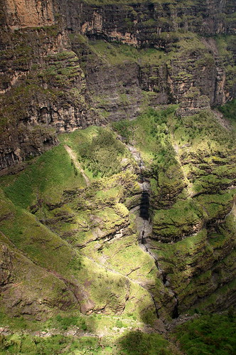 "Góry Simien - w drodze do Chenek <a style=""margin-left:10px; font-size:0.8em;"" href=""http://www.flickr.com/photos/125852101@N02/16354053119/"" target=""_blank"">@flickr</a>"