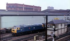 Class 47 - 47704 (The_Anorak) Tags: br leicester rail spoon brush dunedin british express passenger railways pushpull duff zenite mml diesellocomotive midlandmainline class47 type4 47704 leicesternorthsignalbox