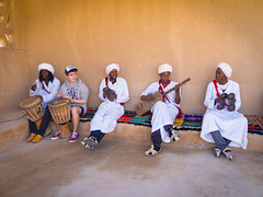 Gnaoua [Explore, Feb 12 2015 #498] (Mariasme) Tags: morocco merzouga gnaoua drums concert oddoneout friendlychallenges mood favouritephotos relationships family