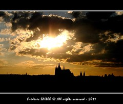Czech Republic - Castle silhouette (Frdric Salle) Tags: voyage travel light sunset sky panorama cloud sun storm black color building castle love nature weather silhouette skyline architecture canon landscape soleil interesting europe noir czech prague emotion lumire hill praha explore ciel contraste czechrepublic bluehour feeling capitale rayon nuage paysage chteau castillo orage lumires colline fleuve rayoflight vlatva canoneos400d exquise castilli