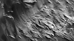 ESP_017319_1785 (UAHiRISE) Tags: mars landscape science nasa geology jpl universityofarizona mro