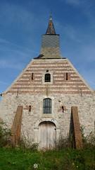 P1140067 (De Tuinen van Servaas en Dorothe) Tags: buiten restauratie kapel schade voorgevel