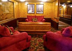 photo - Queen Mary (Jassy-50) Tags: california hotel boat photo ship interior queenmary longbeach artdeco cunard streamlinemoderne cruiseline rmsqueenmary cunardwhitestar queenmaryhotel cruiseshipinterior queenmaryhotelmuseum
