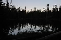 Lake Elizabeth as night arrived (rozoneill) Tags: sky lake cold liza rock creek forest river spring elizabeth lakes fremont trail national wilderness rogue siskiyou winema trailhead isherwood notasha