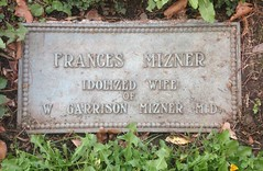 Frances Mizner, Idolized Wife (Stewf) Tags: 1920s cemetery m r e gravestone lettering serif mountainviewcemetery condensedserif