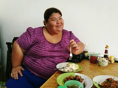 The OO Mission Thailand Thaifood Hungry! Hungry Woman Thaigirl Thai Style Obese Woman Obese Samut Prakan (markusg2010) Tags: woman thailand hungry obese thaifood thaigirl thaistyle samutprakan obesewoman theoomission