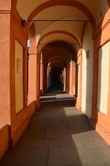 DSC_4989 (aktarian) Tags: bologna italy italija italia shadows sence shadowplay santuariodimadonnadisanluca arcades arkade