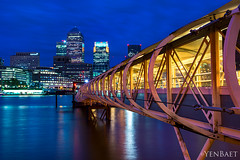 London - Canary Wharf, Twilight (Yen Baet) Tags: city uk greatbritain travel sunset england london architecture reflections twilight europe european cityscape waterfront view unitedkingdom britain dusk greenwich scenic hilton eu landmark icon transportation cablecar vista docklands british iconic citibank thamesriver gondolas waterscape britons onecanadaplace yenbaet
