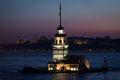Kiz Kulesi #1 (Michael Gunzert) Tags: tower night turkey de torre view magic istanbul lovers bluehour leandro leuchtturm maidens bosporus kiz kulesi mdchenturm leanderturm