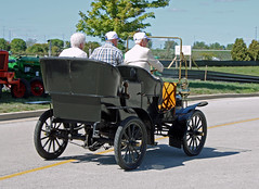 1905 Cadillac Model F Side Entrance 4-Passenger Touring Car (5 of 5) (myoldpostcards) Tags: auto cars car illinois model classiccar vintagecar automobile gm antiquecar tail cadillac il f springfield autos oldcar touring 2012 rearend 1905 backend generalmotors luxurycar secretaryofstate 63rd sideentrance motorvehicle collectiblecar 9812 4passenger myoldpostcards vonliski antiquevehicleshow september82012