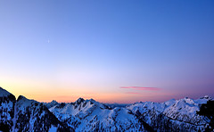 Sunrise from Peak 5700 (Christopher J. Morley) Tags: morning camping snow mountains vancouver sunrise snowshoe dawn nikon warm bc hiking peak wideangle 5700 overnight wanderung closeto milesaway d600 butfeels