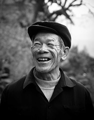Man in Dazhai 2 (Ben Varley) Tags: china old portrait bw white man black happy chinese clarity cheerful potrait longsheng dazhai cheerfull