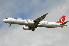 TC-JRD (airlines470) Tags: turkish cdg a321 3015 tcjrd