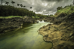 Pe'epe'e Falls [Explored] (Ramón Menéndez Covelo) Tags: longexposure storm clouds landscape hawaii day paisaje falls nubes tormenta bigisland hilo cascada largaexposición flickraward5