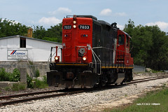 130516_05_FCEN7033eus (AgentADQ) Tags: railroad train florida central freight eustis tavares emd gp9 7033 fcen gp9rm