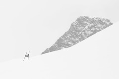 slalom [Explored] (Thomas Leth-Olsen) Tags: winter mountain snow france port alpes gate slalom saintefoye alpetur2013