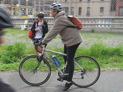 IMG_0698 (Planetgordon.com) Tags: bike manhattanbridge bikelane biketoworkday streetsblog
