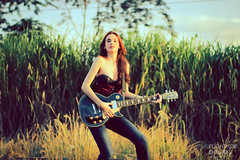 IMG_0098 (Marckos Paulo) Tags: road sunset red brazil woman green girl beauty rock train canon hair guitar amp foliage redhear