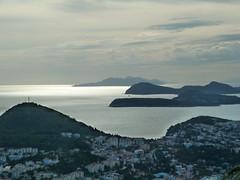 Les les laphites avec en avant-plan la presqu'le de Lapad (CORMA) Tags: dubrovnik croatie babinkuk ileslaphites